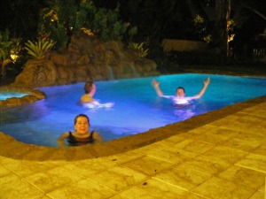 Janet Sue, Gordon, Gibson Gray, Tunkel vacation home pool