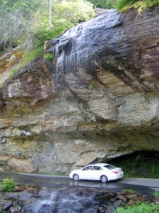 HIGHLAND WATERFALL - CAR