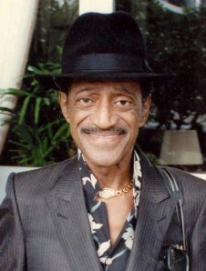 Sammy Davis, Jr. in 1989. Phot6o by Alan Light.
